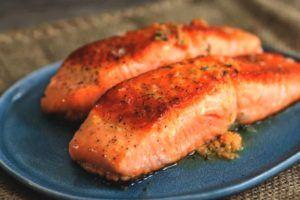 El salmón puede ayudarte a perder grasa abdominal
