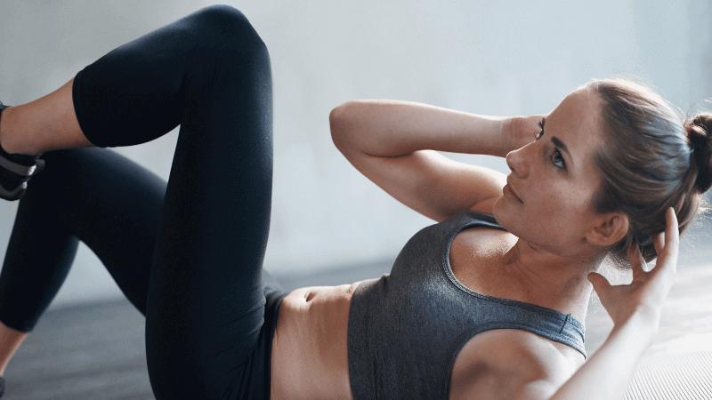 Crunch y abdominales: explicación, ejecución y 9 variaciones